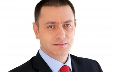 وزیر دفاع رومانی نخست  وزیر شد