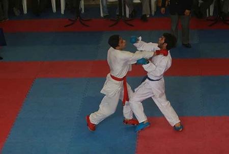 قهرمانی گیلان در مسابقات کشوری کاراته نوجوانان