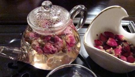 چای گل سرخ و خواص آن