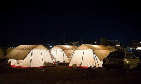 دو ماه گذشت؛ ۶۰  درصد زلزله زدگان غرب کشور هنوز در چادر زندگی می کنند