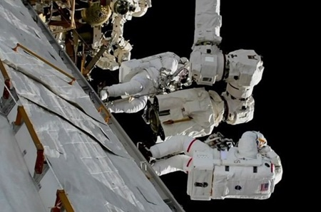 نخستین پیاده روی فضایی ۲۰۱۸ انجام شد