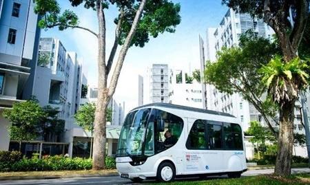 اتوبوسی که ۲۰ ثانیه ای شارژ می شود