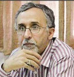 عبدالله ناصری، استاد دانشگاه و امضاکننده نامه اول