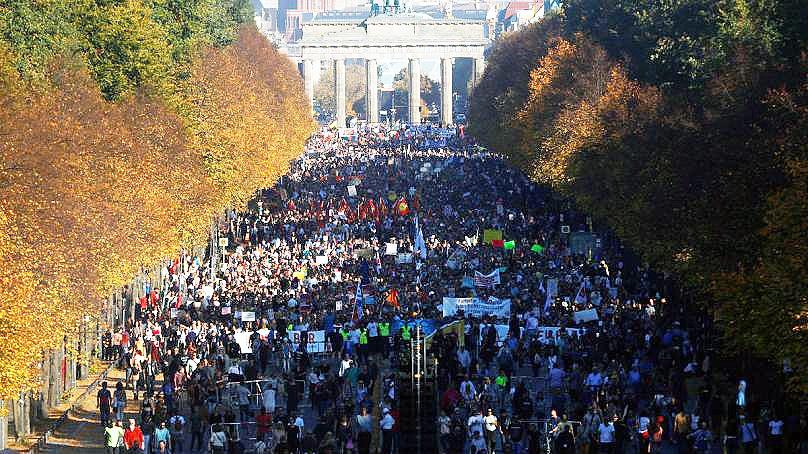 راهپیمایی بزرگ آلمانیها علیه راست افراطی