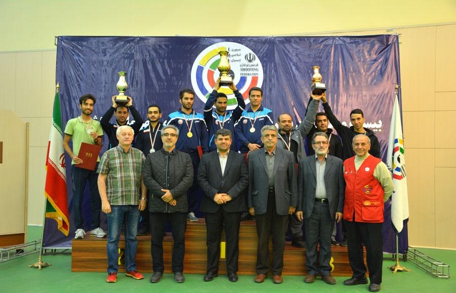 تیراندازی قهرمانی کشور؛ اصفهان قهرمان تیمی و باقری قهرمان انفرادی تفنگ شدند