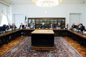 رئیسجمهور در جلسه با جامعهشناسان   انتقاد بدون راهکار قابل پذیرش نیست