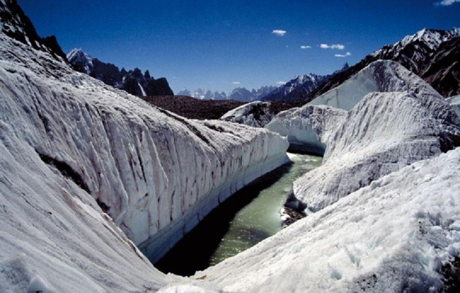 دانشمندان نسبت به ذوب یخچال طبیعی چین هشدار دادند