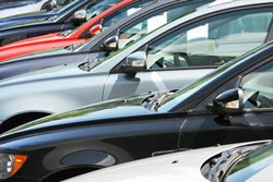 قیمت خودروهای داخلی در اولین روز آبان ۹۸