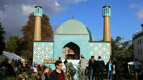 مراسم روز درهای باز مسجد امام علی(ع) در هامبورگ برگزار شد