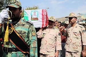 پیکر شهید مرزبانی در مریوان تشییع شد