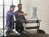 میزهای کار ایستاده باعث فعالتر شدن کارکنان میشود