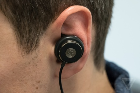 کری موقت با بیش از ۲ دقیقه در معرض صدایی با شدت ۱۰۹ دسیبل