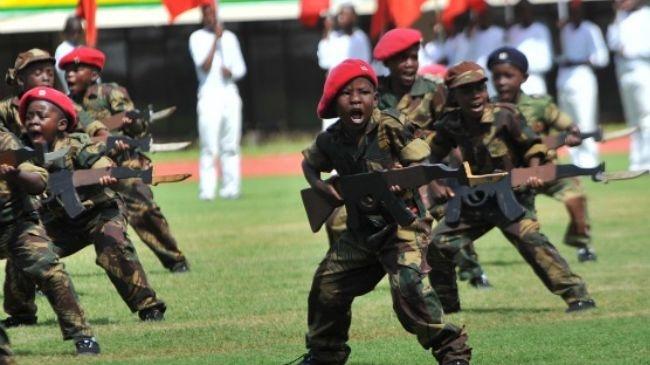 یونیسف اعلام کرد | بهره گیری از ۲۵۰ هزار کودک سرباز در جهان