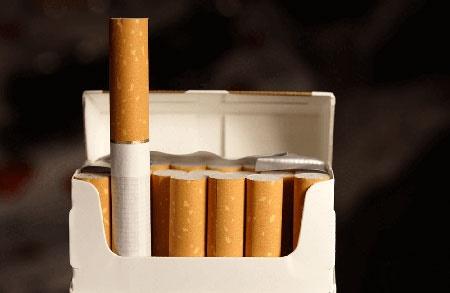وزیر بهداشت: قیمت سیگار در همه جای دنیا گرانتر از ایران است