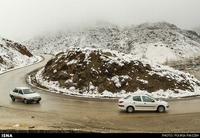 اعلام جادههای برفی و بارانی کشور | توصیه پلیس به رانندگان