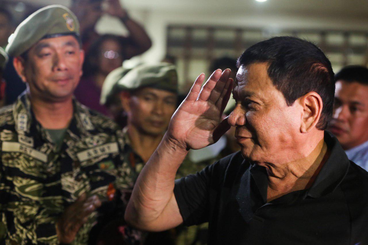 دوترته :ارتش فیلیپین دیگر در جنگ های بیهوده به رهبری آمریکا شرکت نمی کند