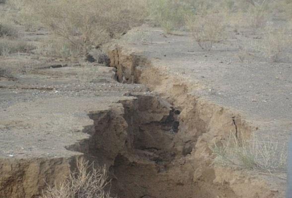 زلزله، کمآبی و فرونشست از مخاطرات طبیعی ایران