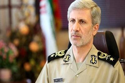 تلاش گسترده دشمنان بر تضعیف توان دفاعی ایران متمرکز شده است