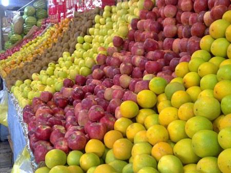 میوه در ایام عید حداکثر ١٠درصد گران میشود | قیمت موز کاهش یافت