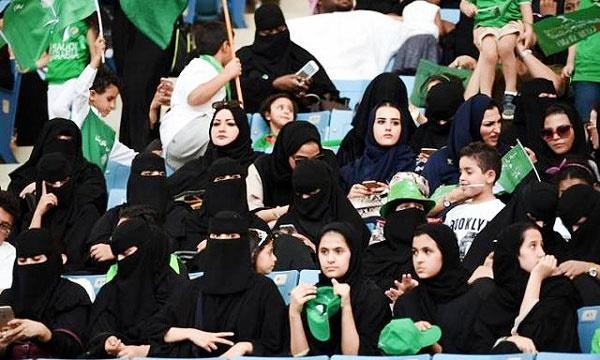زنان عربستان ورزشگاه