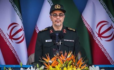 دفاع مقدس ضامن قرنها سربلندی برای ملت ایران است