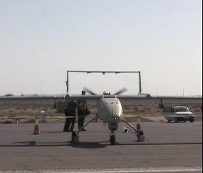 افتتاح خط تولید انبوه پهپاد تاکتیکی مهاجر مجهز به بمب هوشمند نقطه زن قائم