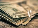 بیثباتی ارز فعالان اقتصادی را با سرگردانی مواجه میکتد