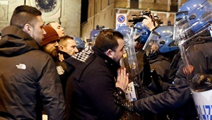 خشونت میان پلیس ایتالیا و معترضان ضد فاشیست