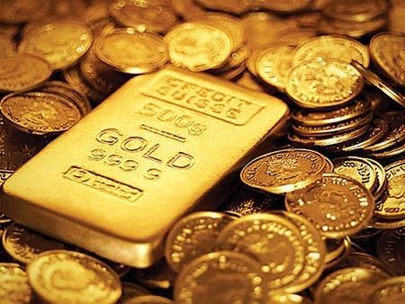 دوشنبه ۳۰ بهمن | صعود طلای جهانی به مرز ۱۳۵۰ دلار