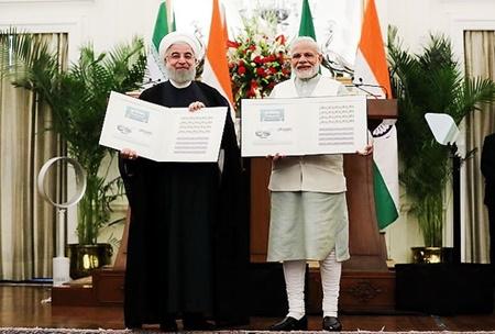 تهران و دهلی نو ۱۵ سند همکاری امضا کردند