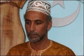 انتقال طارق رمضان به بیمارستان پاریس
