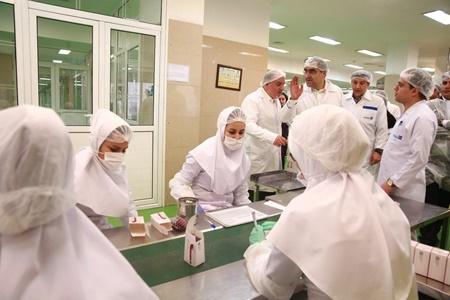 وزیر بهداشت: اجازه تولید به داروهایی میدهیم که با کیفیت و موثر باشد