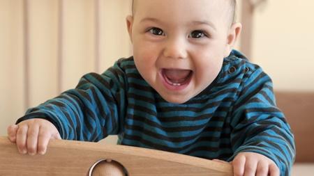 نکته بهداشتی: پیشگیری از پوسیدگی دندان نوزادان