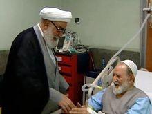 رئیس دفتر مقام معظم رهبری از آیتالله محمد یزدی عیادت کرد