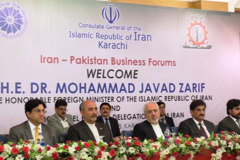 ظریف راهکارهای ارتقاء تجارت دو جانبه ایران و پاکستان را اعلام کرد
