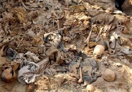 کشف ۴۰ جسد در گور دستجمعی در موصل عراق