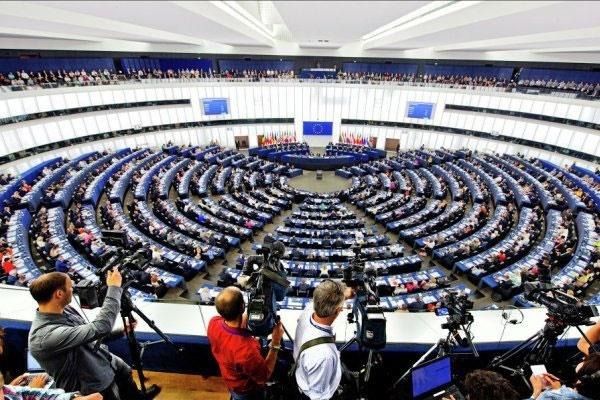 گاردین خبر داد: اتحادیه اروپا به دنبال ایجاد چتر حمایتی برای معاملهکنندگان با ایران