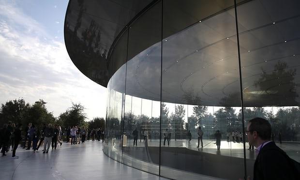 دردسر ساختمان جدید اپل برای کارمندان