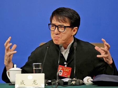 دفاع ستاره هنگ کنگی هالیوود از غرور ملی و قهرمانان تاریخ چین