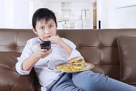 شیوه های مقابله با چاقی دوره کودکی را بشناسید