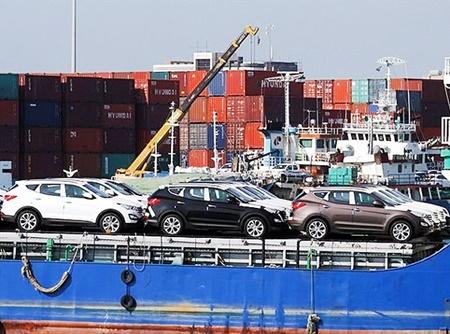 واردات 70 هزار خودرو در سال 96
