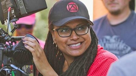 کارگردان زن رنگین پوست برای وارنر فیلم ابرقهرمانی می سازد