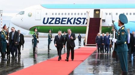 سفر رئیس جمهور ازبکستان به تاجیکستان
