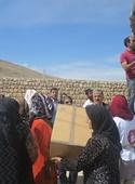 بستههای عیدانه بین زلزلهزدگان کرمانشاه توزیع شد