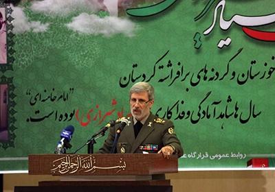 دشمنان قدرت دفاعی ایران را امتحان نکنند