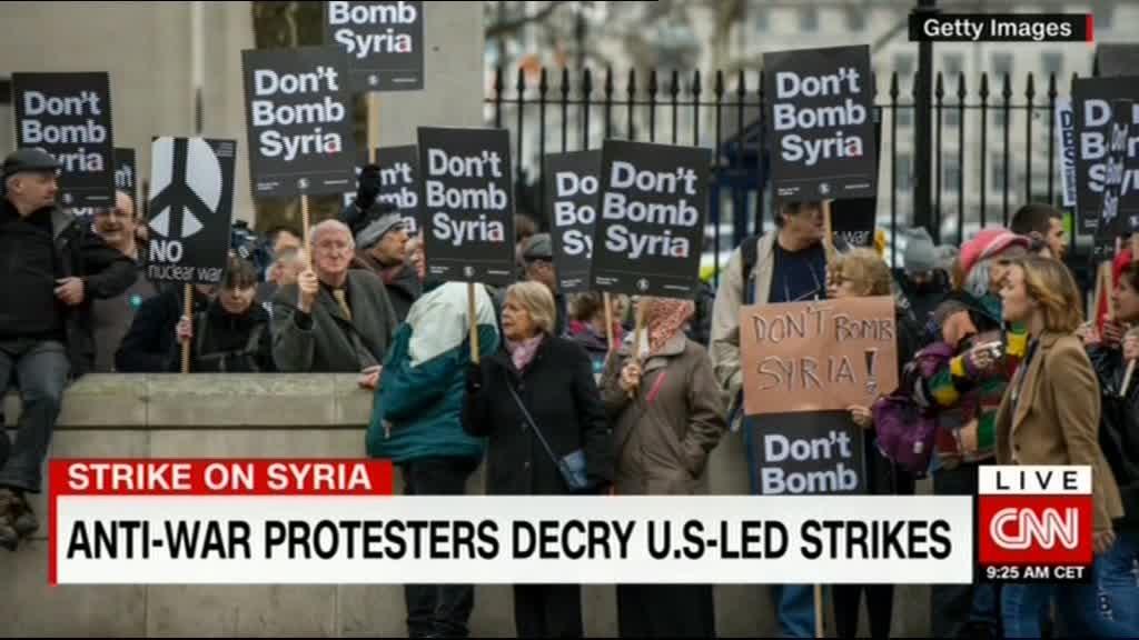 سی ان ان: اعتراض های جهانی حمله موشکی آمریکا به سوریه را تقبیح کرد