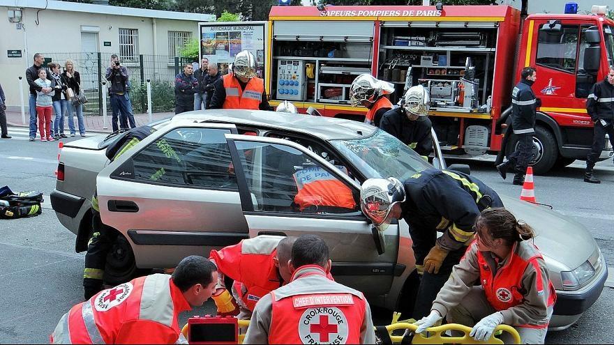نصب دکمه کمکرسان فوری در خودروهای اروپایی الزامی شد