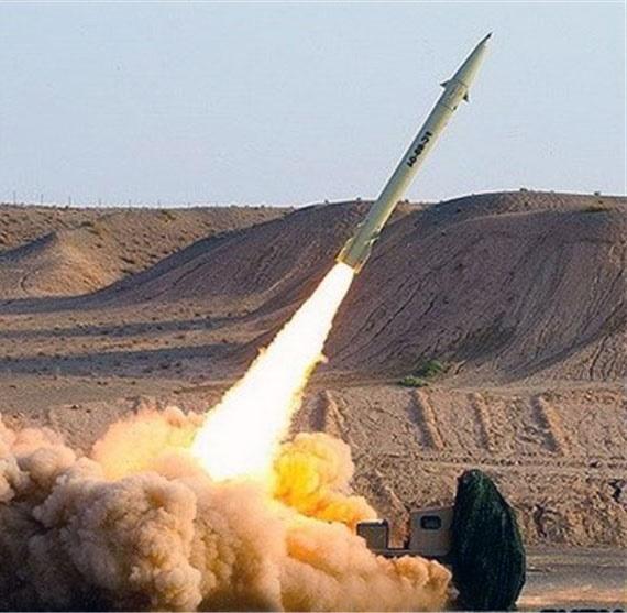 انصارالله فرودگاه جازان سعودی را هدف موشک قرار داد