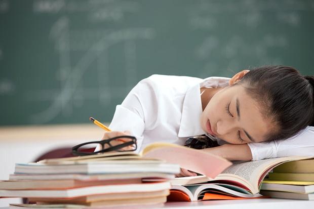 دیرتر شدن مدرسه به بهبود خواب نوجوانان کمک میکند