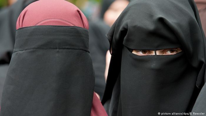 دو زن آلمانی همدست داعش با کودکان خود به آلمان برگشتند
